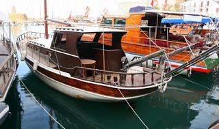 Kyrenia, puerto viejo al norte de Chipre