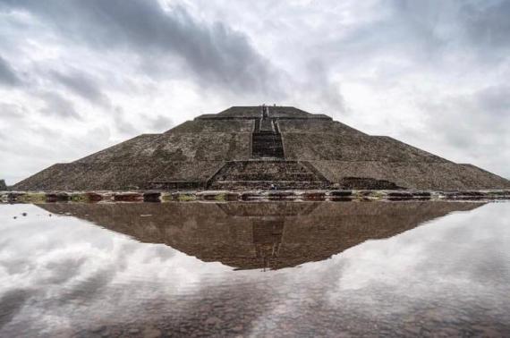 Pirámide-del-sol-Teotihuacan