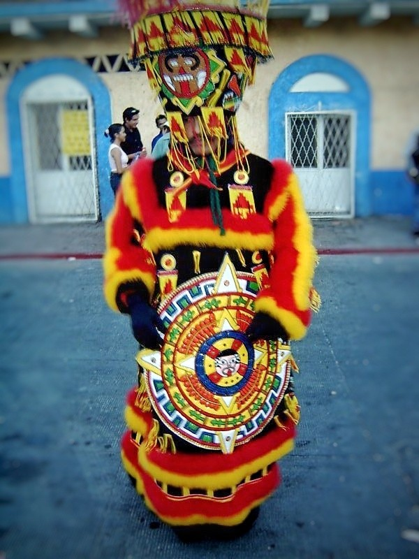 Chinelon danzando. Carnaval en Morelia. México